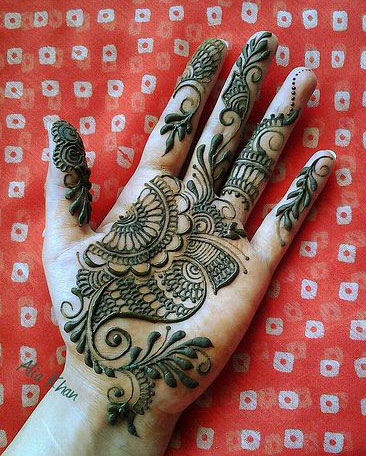 Easy Mehandi Design HD Wallpaper For Hand